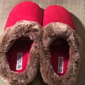 Never worn red faux suede mule slippers